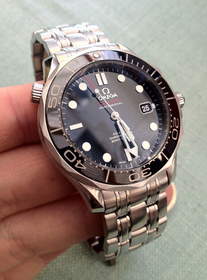 Omega seamaster diver 300m co axial watch banks lyon blog for Omega diver