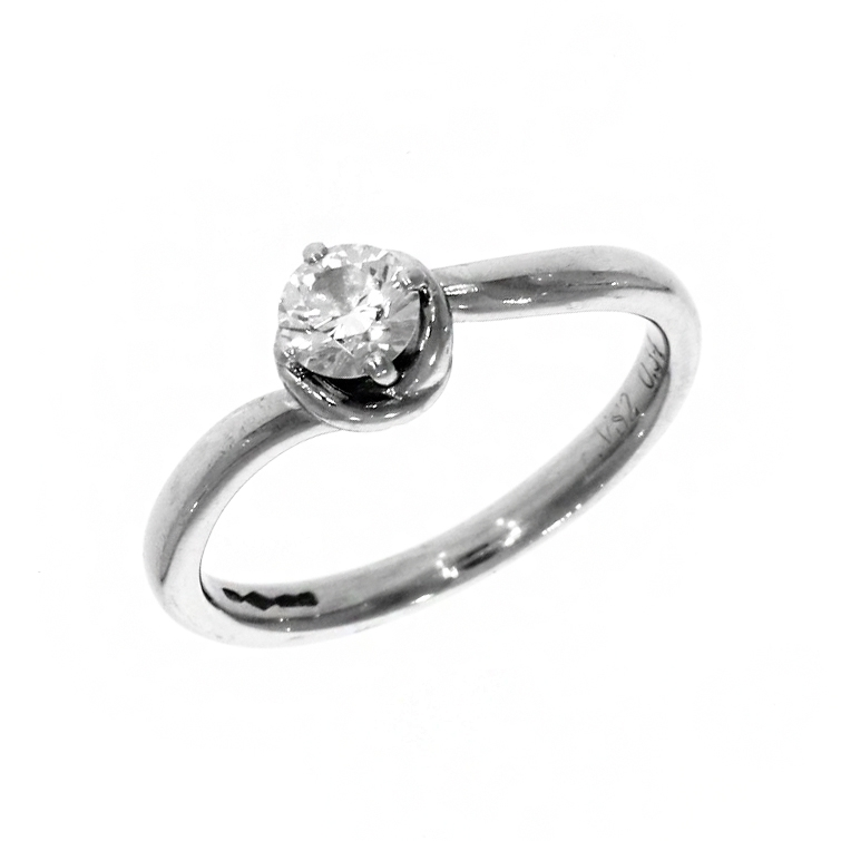 Pre Owned: Platinum 0.34ct Brilliant Cut Diamond 'Love Knot' Solitaire Ring