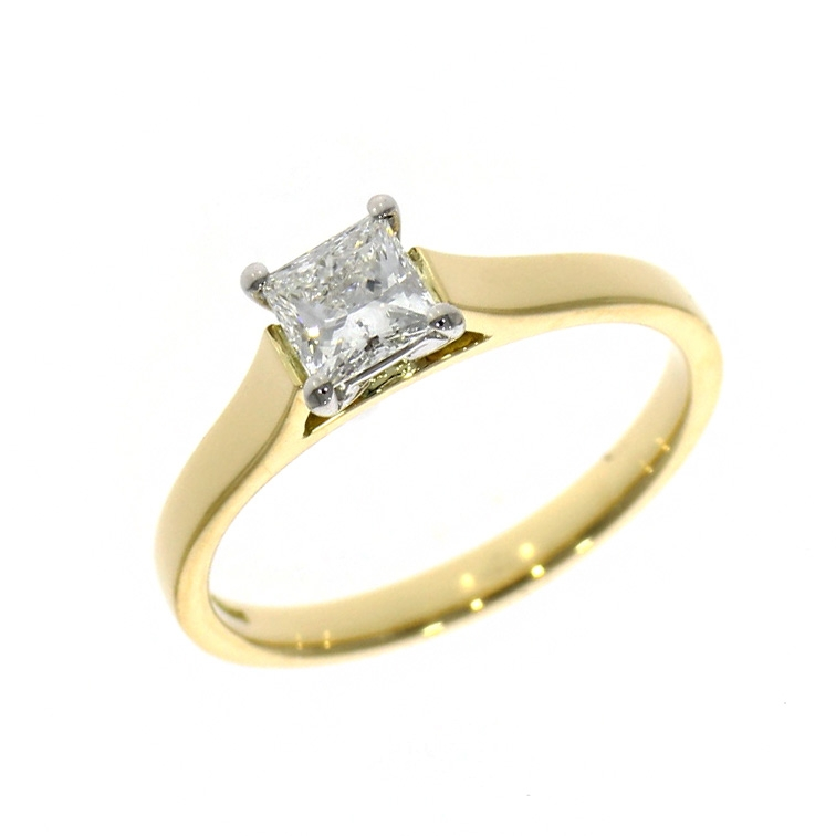 18ct Yellow Gold 0.50ct Princess Cut Diamond Solitaire Ring