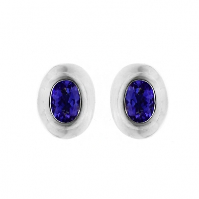 18ct White Gold Tanzanite Stud Earrings