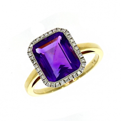 18ct Yellow Gold 2.68ct Emerald Cut Amethyst And Diamond Halo Ring
